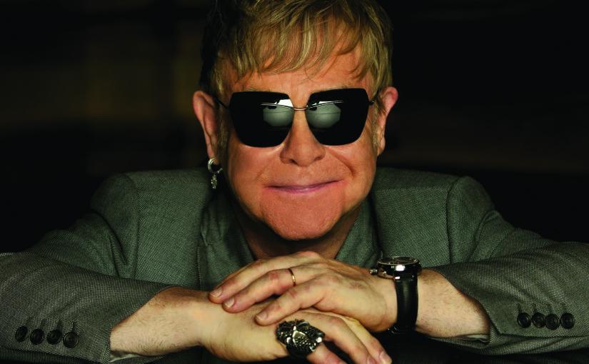 Slavný britský popový zpěvák, skladatel a klavírista Elton John, držitel cen Grammy i Oscara, v Praze exceloval na světovém turné