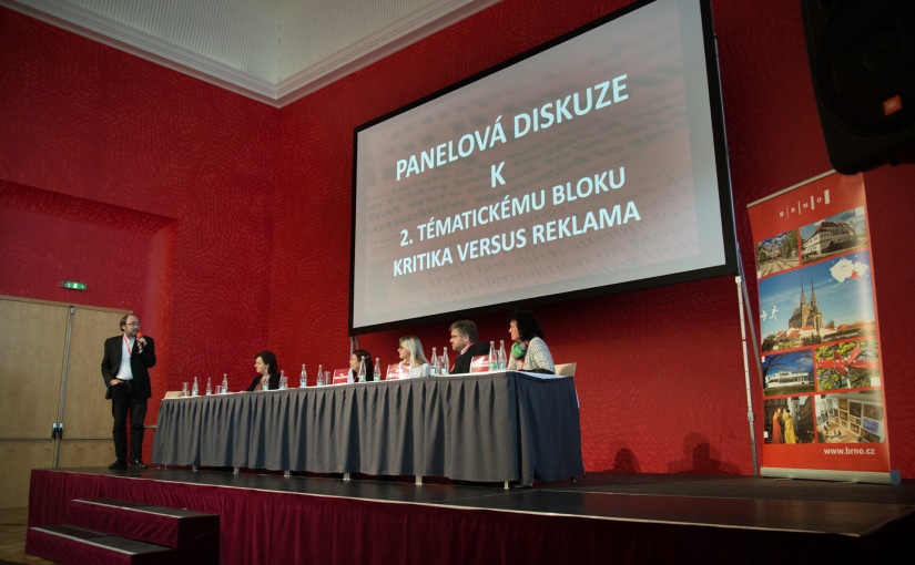 Konference o kritice přinesla inspiraci i konfrontaci