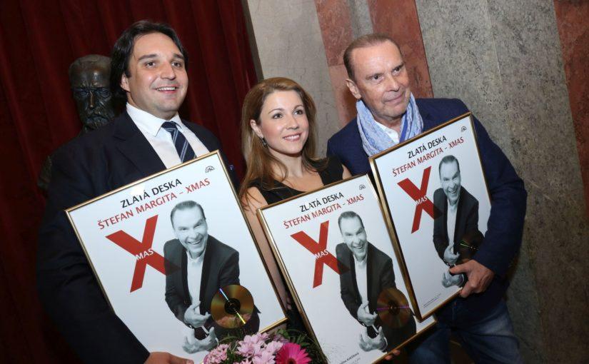 Štefan Margita převzal Zlatou desku za vánoční album X mas!