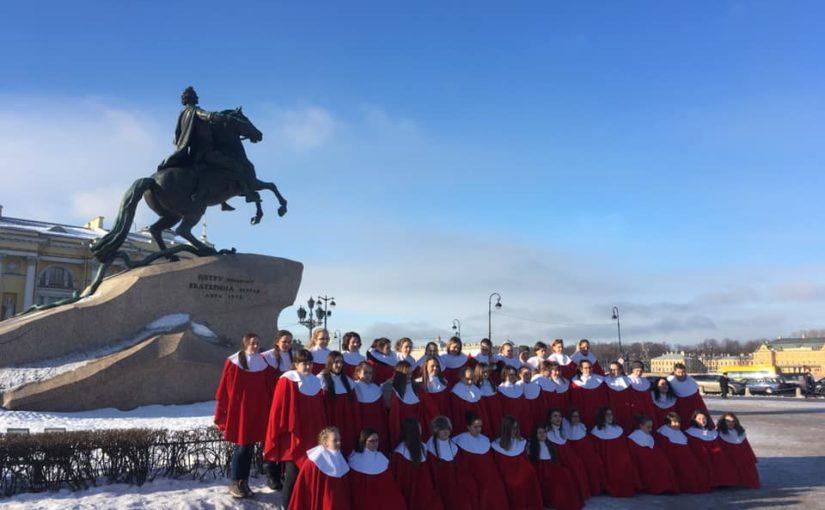 Sbor Permoník a jeho triumf v Petrohradu